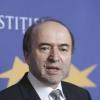 ministrul-justitiei-tudorel-toader-intalnire-cu-reprezentanta-ligii-studentilor-romani-din-strainat-1525337866.jpg