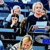premierul-romaniei-s-a-dezlantuit-in-parlamentul-european1538560416.jpg