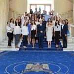 tinerii-din-programul-oficial-de-internship-al-guvernului-romaniei-in-vizita-la-ministerul-justitie-1501692879.jpg